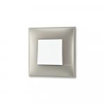 Prekidac u boji titanijum metala sa mehanizmo u beloj boji za uređenje stana. Detalj koji oplemenju prostor!